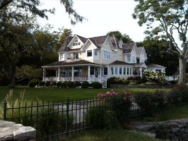 12-fancy house